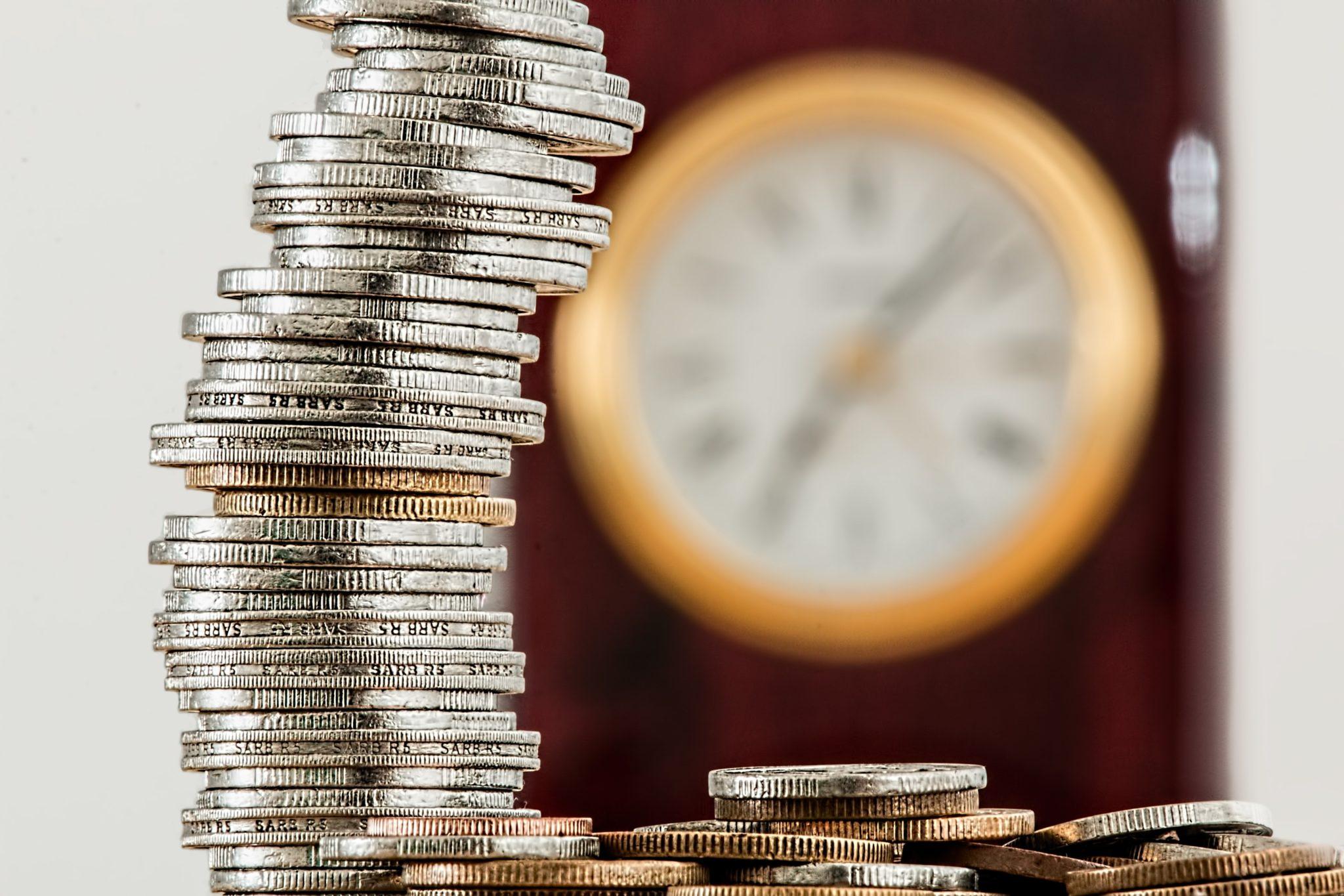 Diferencias entre depósitos bancarios y fondos de inversión